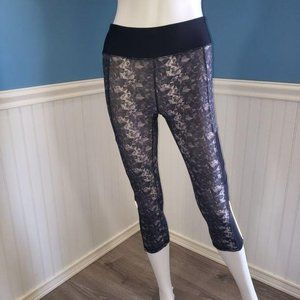 Adore me leggings gray black with side mesh small